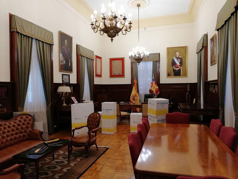 Mudanza del general jefe del mando de canarias desde for Mudanzas oficinas madrid