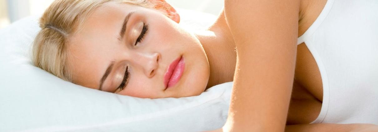 Soñar con mudanzas - Mujer durmiendo