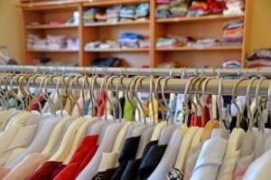 Embalar ropa en una mudanza - Armario